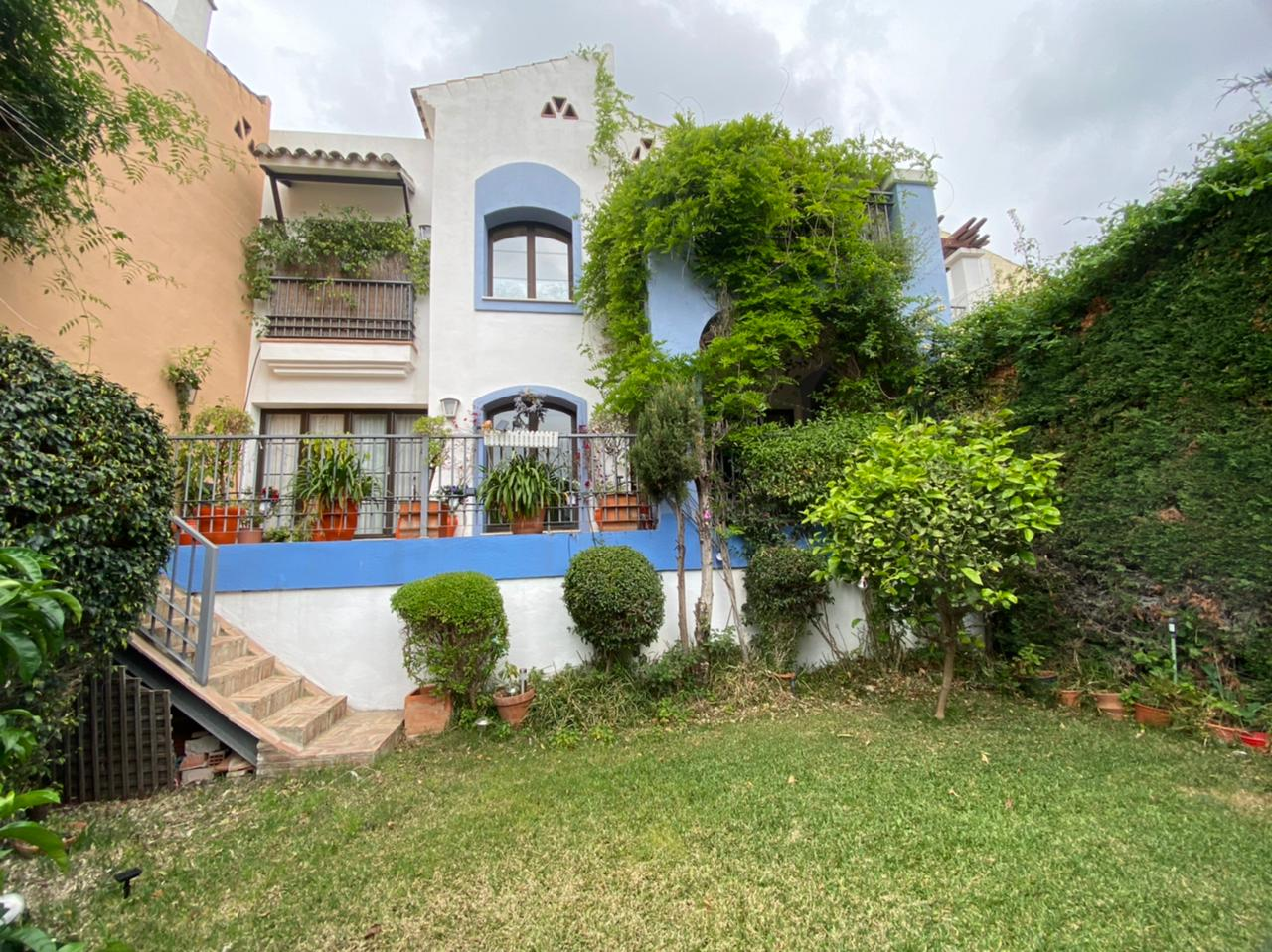 book holiday home online in Marbella spain